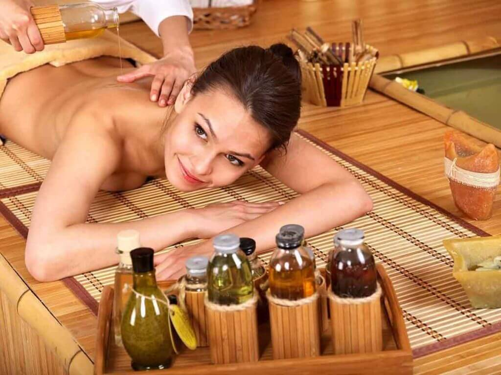Sage's essential oil for the massage